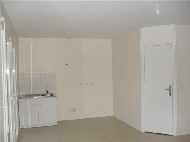 Alquiler  apartamento Carentan 376€ CC - Fotografía 3