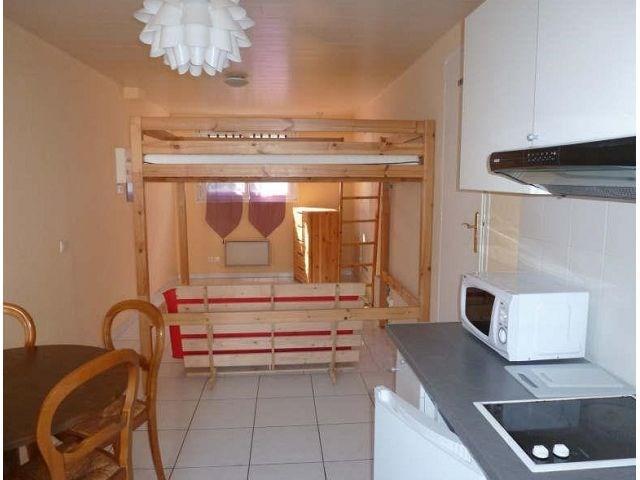 Location appartement Maurepas 555€ CC - Photo 1
