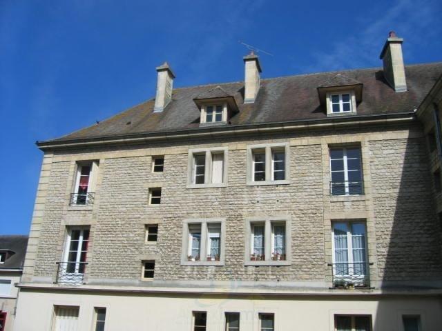 Sale apartment Falaise 119600€ - Picture 1