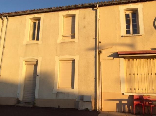 Vente immeuble Yzernay 212000€ - Photo 1