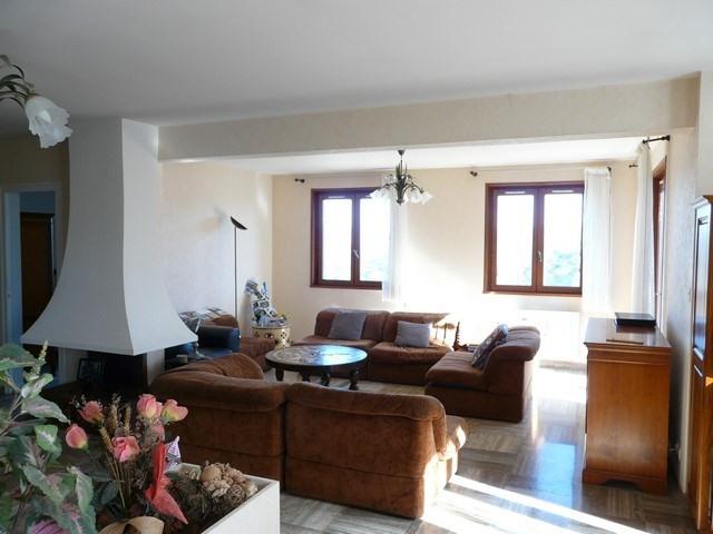 Revenda casa Saint-genest-lerpt 263000€ - Fotografia 4