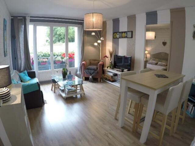 Sale apartment Quimper 107 000€ - Picture 1