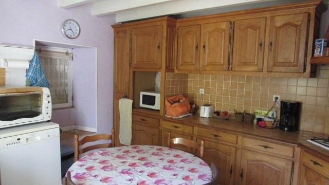 Sale house / villa Saint-jean-d'angély 96000€ - Picture 4