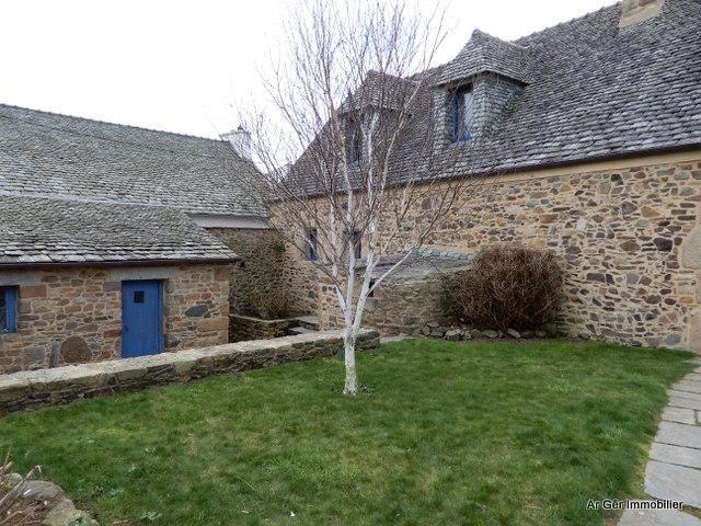 Vente maison / villa St jean du doigt 296800€ - Photo 2