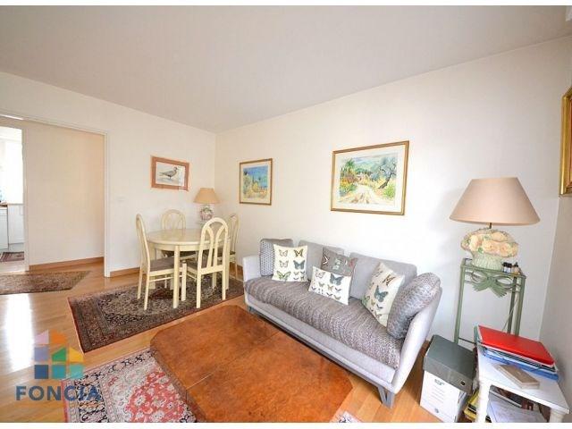 Sale apartment Suresnes 448000€ - Picture 2