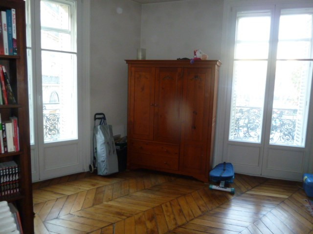 Sale apartment Paris 10ème 930 000€ - Picture 11