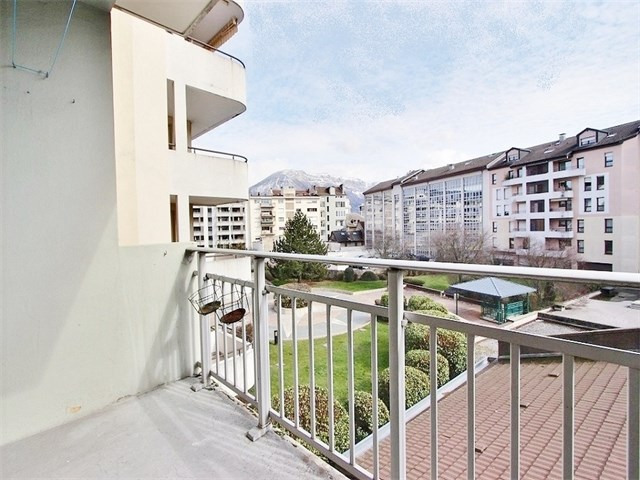 Location appartement Annecy 775€ CC - Photo 2