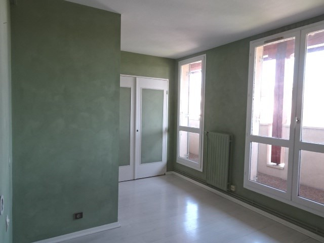 Location appartement Villefranche sur saone 995€ CC - Photo 4