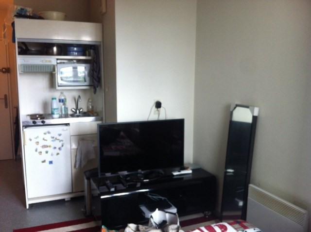 Location appartement Élancourt 590€ CC - Photo 3