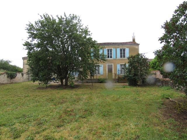 Sale house / villa St séverin sur boutonne 75000€ - Picture 1