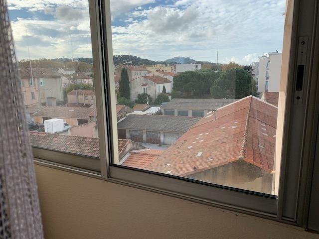 Sale apartment La seyne sur mer 130000€ - Picture 5