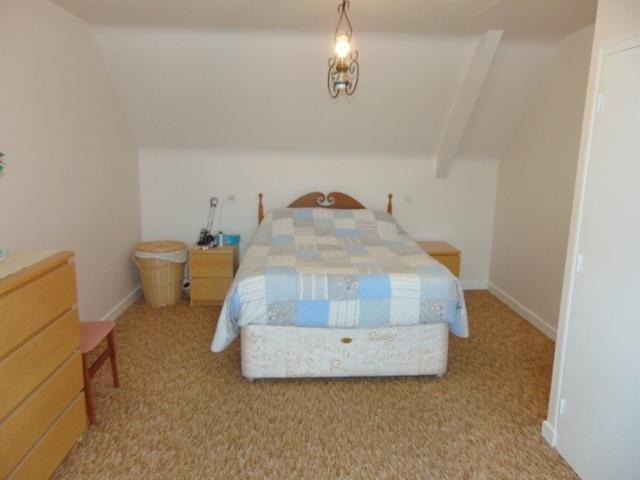 Sale house / villa Corlay 123050€ - Picture 11