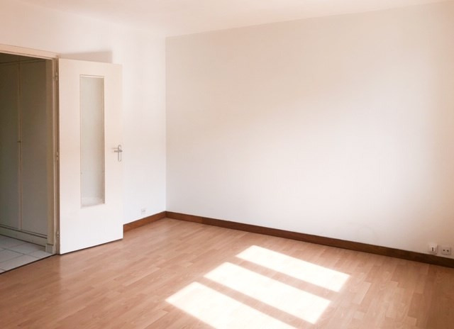 Sale apartment Caen 73 000€ - Picture 3