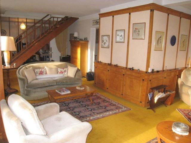 Sale house / villa La celle saint cloud 750000€ - Picture 2