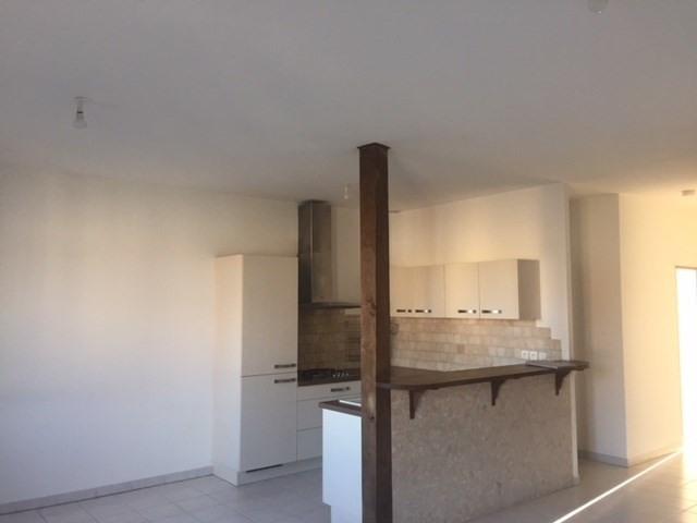 Locação apartamento Saint-just-malmont 676€ CC - Fotografia 2