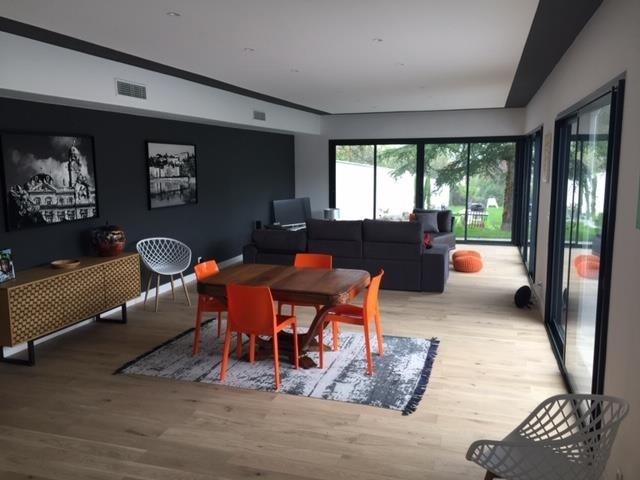 Vente de prestige maison / villa Charbonnieres les bains 899000€ - Photo 2