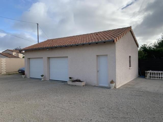 Vente maison / villa Liniers 229000€ - Photo 10