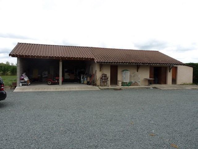 Revenda casa Poncins 354000€ - Fotografia 2