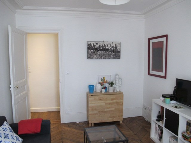 Rental apartment Paris 17ème 1 039€ CC - Picture 2