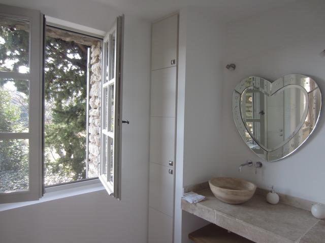 Deluxe sale house / villa Maubec  - Picture 8