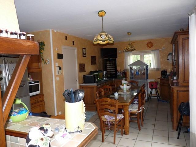 Revenda casa Poncins 354000€ - Fotografia 3