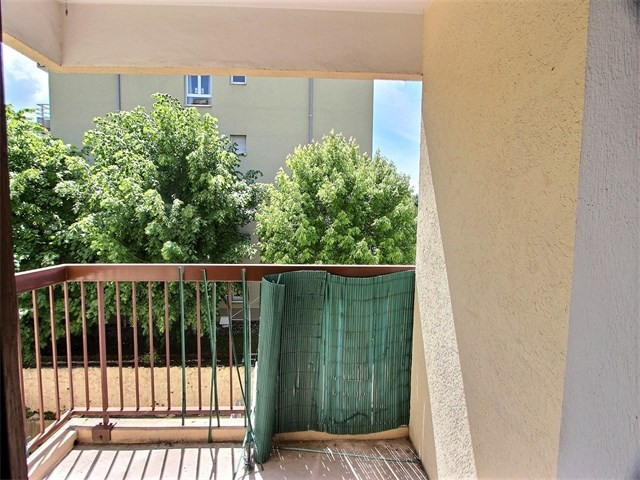 Sale apartment Annecy 120 000€ - Picture 1
