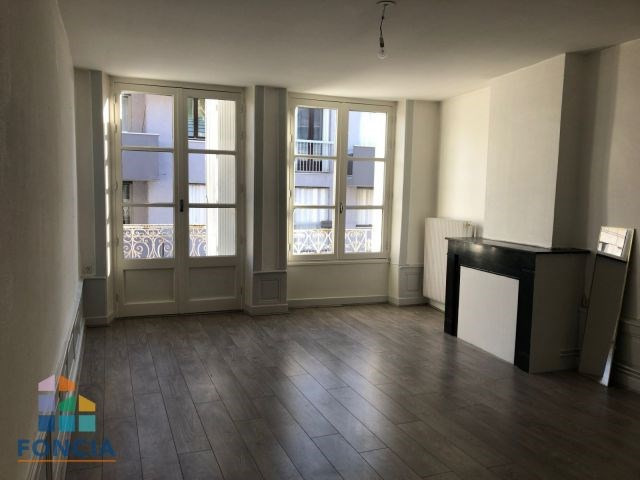 Location appartement Firminy 390€ CC - Photo 1