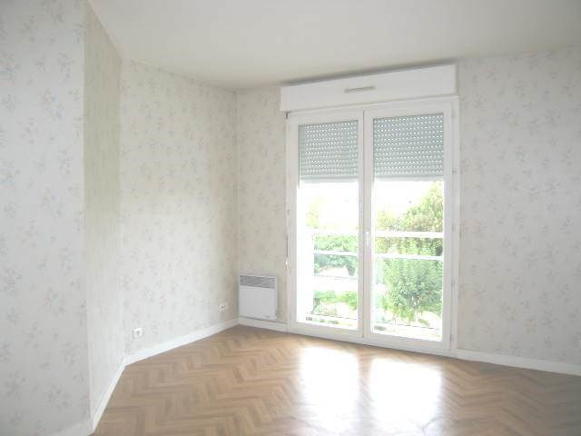 Location appartement Cognac 692€ CC - Photo 11