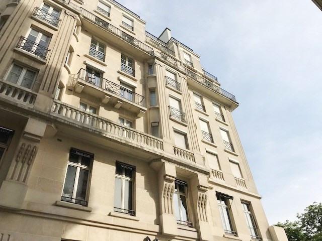 Rental apartment Paris 8ème 2100€ CC - Picture 7