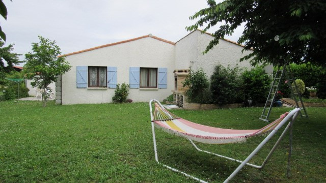 Vente maison / villa Loulay 167 480€ - Photo 3
