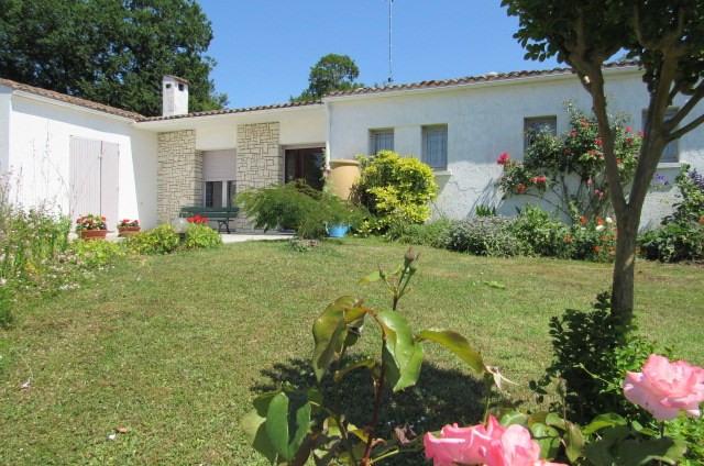 Sale house / villa Pont-l'abbé-d'arnoult 367500€ - Picture 1