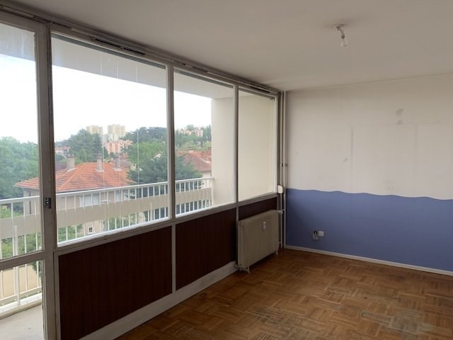 Sale apartment Oullins 139 000€ - Picture 4
