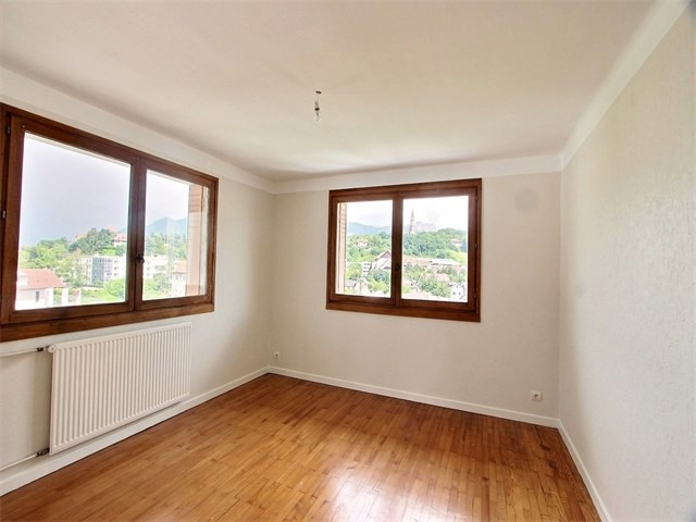 Location appartement Annecy 610€ CC - Photo 4