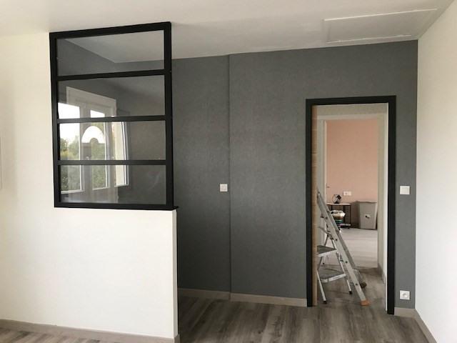 Location maison / villa Cosse-le-vivien 450€ CC - Photo 1