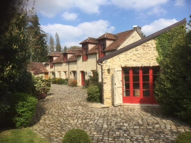 Deluxe sale house / villa Montfort l amaury 895000€ - Picture 1
