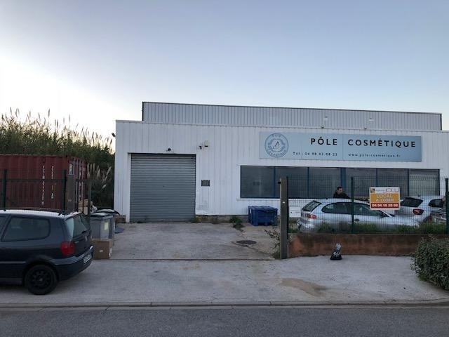 Location local commercial La seyne sur mer 2 150€ HT/HC - Photo 2