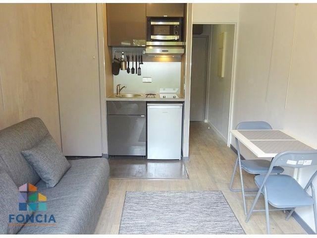 Rental apartment Suresnes 636€ CC - Picture 1