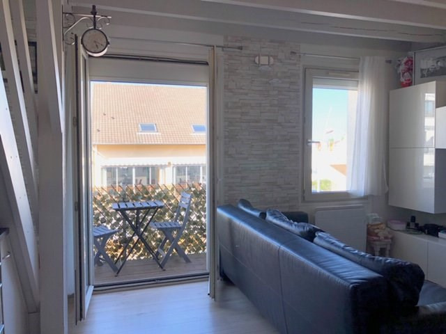 Venta  apartamento Sainte-geneviève-des-bois 187000€ - Fotografía 2