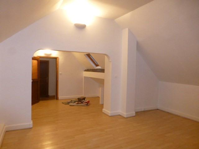 Location maison / villa Limetz-villez 1145€ CC - Photo 11