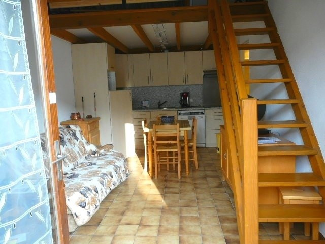 Vacation rental house / villa Vaux-sur-mer 375€ - Picture 4
