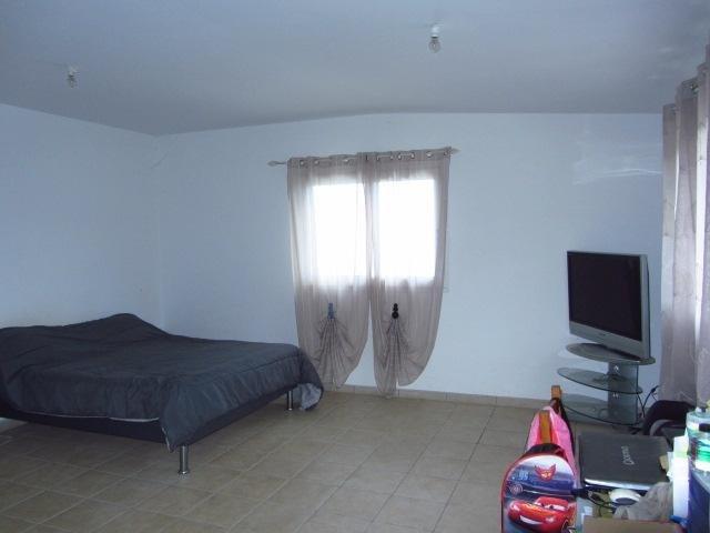 Sale house / villa Les avirons 395000€ - Picture 7