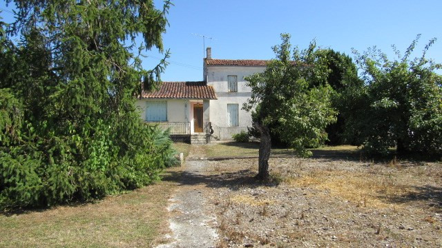 Vente maison / villa Bercloux 96 000€ - Photo 1