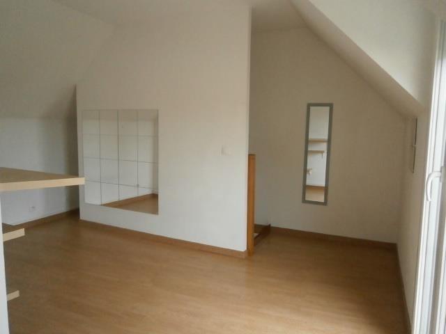 Rental apartment Vaux le penil 546€ CC - Picture 3