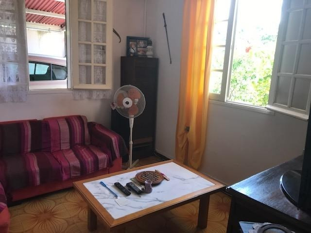 Sale house / villa St benoit 205 200€ - Picture 4