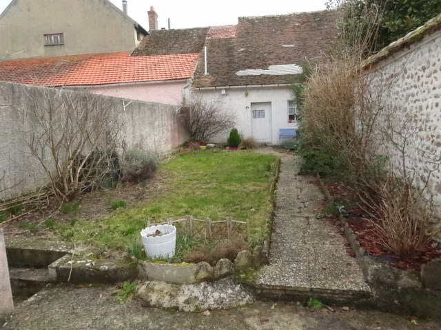 Location maison / villa Ferrieres en gatinais 530€ CC - Photo 8