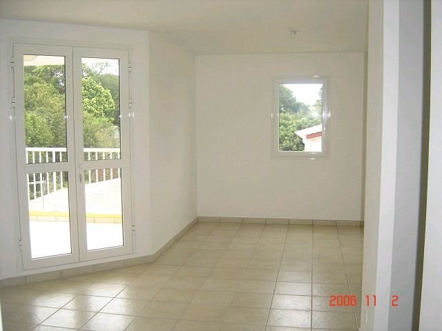 Location appartement Bras panon 522€ CC - Photo 3