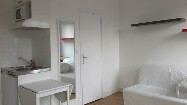 Location appartement Paris 17ème 620€ CC - Photo 3