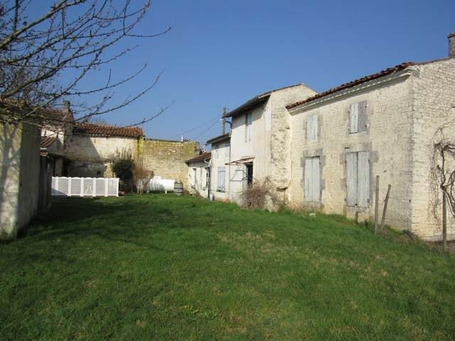 Vente maison / villa Saint-jean-d'angély 138000€ - Photo 7