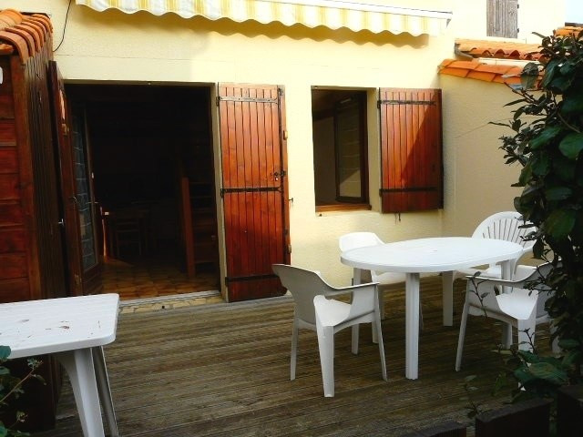 Vacation rental house / villa Vaux-sur-mer 375€ - Picture 1