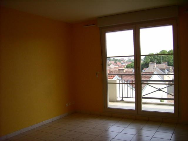 Location appartement Dijon 717€ CC - Photo 1